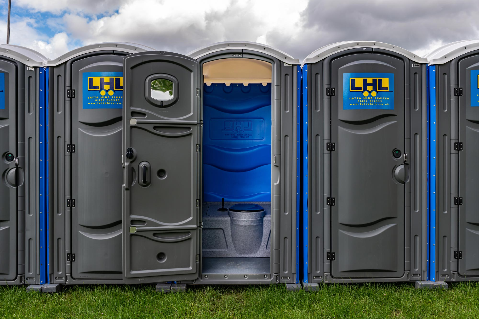 Portable Event Toilets Mobile